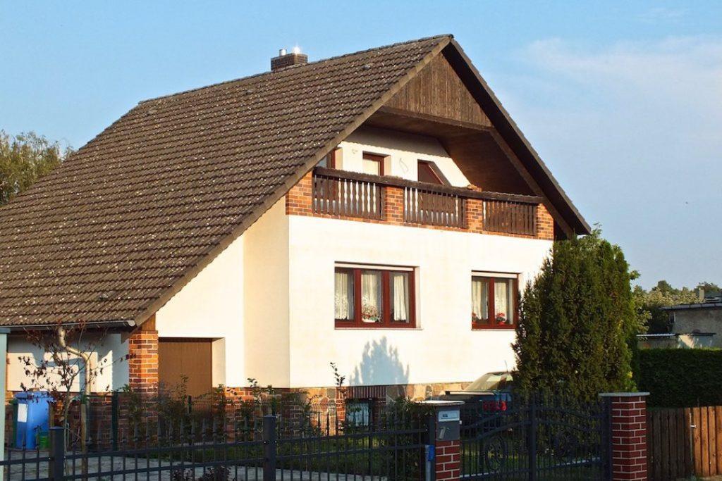 Einfamilienhaus Straßenseite