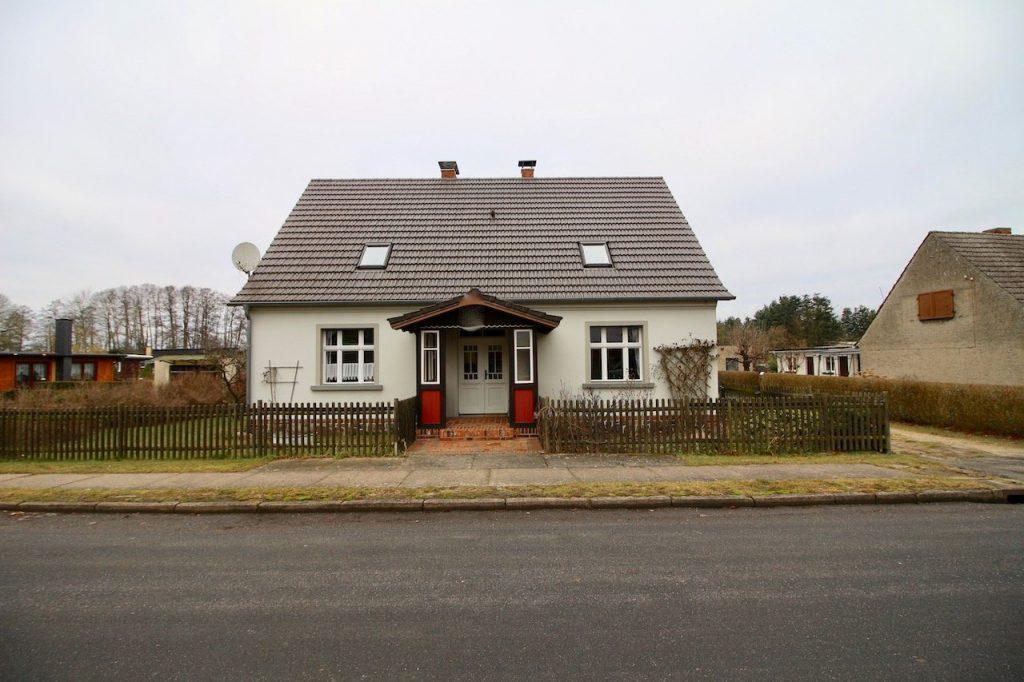Haus Straßenansicht